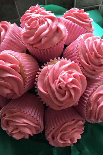 Bouquet of celebration or wedding cupcakes from Heavenly Cupcakes of County Armagh